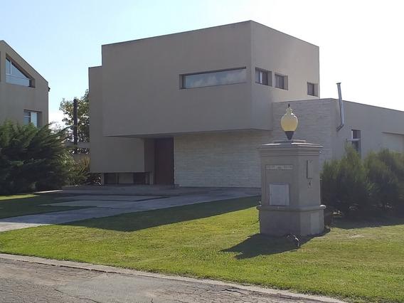 Casa San Eliseo Al Golf Increible Oportunidad!!