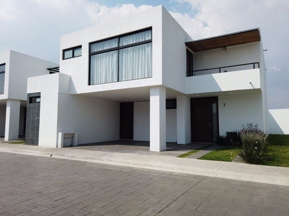 Se Vende Casa En Metepec, Facil Salida A La Cd De Mexico