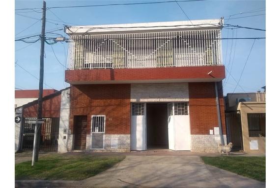 Venta Galpón Cn Casa De 2 Dormitorios- B. Belgrano