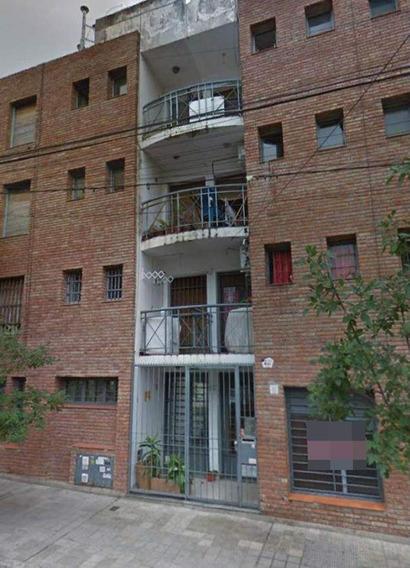 Venta Departamento B° Observatorio, Calle Montevideo