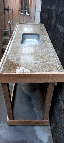 Imagem 1 de 1 de Uma Pia Usada De Marmore.
