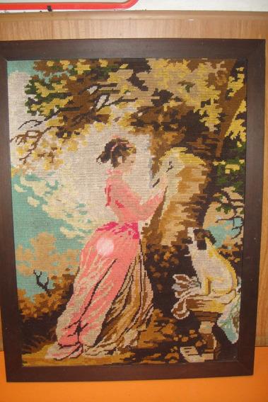 Cuadro Bordado Mujer Pintando Mide 64 1/2 X 49 1/2