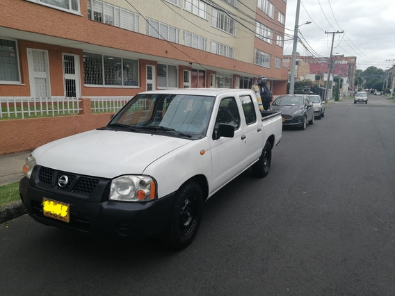 Nissan Np300 Frontier 2012 Doble Cabina 4x2