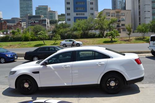 Imagen 1 de 7 de Ford Police Interceptor 2016