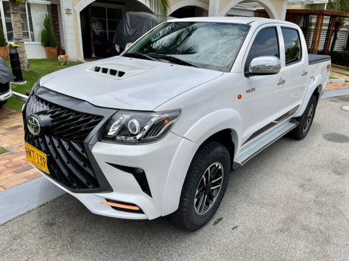 Toyota Hilux Diesel 2.5 Turbo 4x4 Mecánica Actualizada Lexus