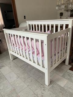 Cuna De Madera Para Bebé Con Edredon Y Cojines Colchon Niña