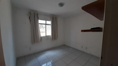 Apartamento Para Venda - 008676