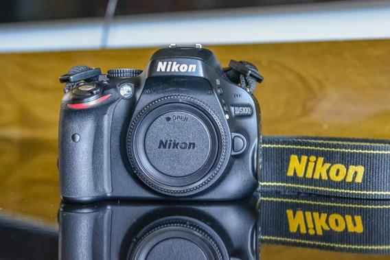Nikon D5100 + Acessórios + Bateria Extra