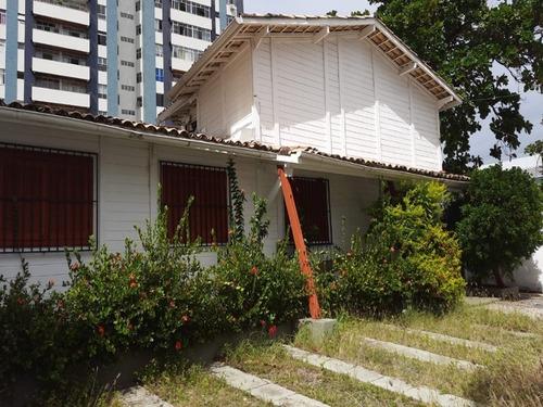 Imagem 1 de 30 de Casa  Comercial Com Area Construida De 250,00 M2 No Bairro Rio Vermelho. - Sfl642 - 69548399