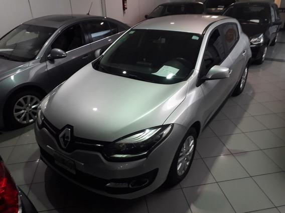 Renault Megane Iii Luxe 1.6 2015, Concesionario Oficial