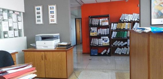 Oficina En Venta Centro De Barquisimeto 20-23152 App 04121548350