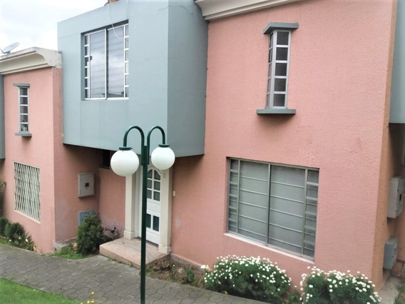 Casa De 2 Plantas 3 Dormitorios + Estudio +patio Privado