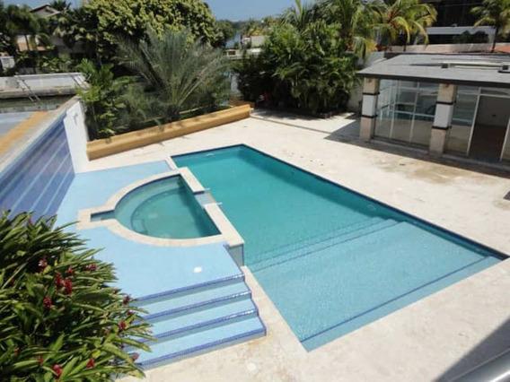 Casa Venta 5 Hab En La Villas Lecheria Con Piscina Y Muelle