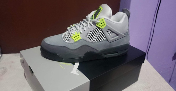 Jordan Retro 4 Neon