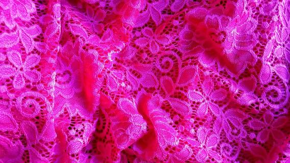 Vestido Rodado Renda Meia Manga Decote Redondo Dj83