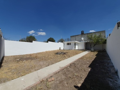 Terreno En Venta En Sahagún Hidalgo, Bardeado Y Con Construcción.