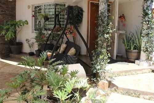 Casa En Renta Avenida Isla Pantenaria, Jardines De La Cruz