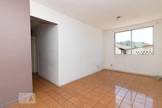 Apartamento No 2º Andar Com 2 Dormitórios E 1 Garagem - Id: 892971278 - 271278