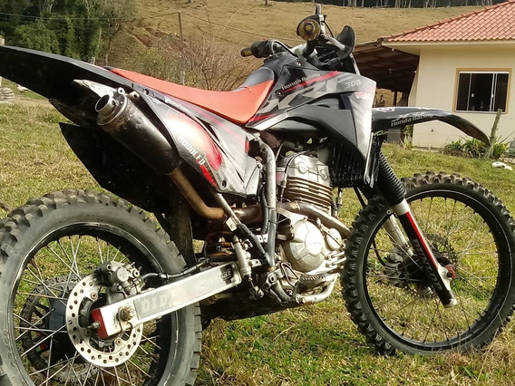 Honda Xre 300 Carburada