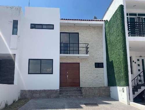 Casa En Condominio En Venta En Pedegal De Schoenstatt, Corregidora, Querétaro