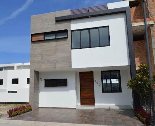 Casa Nueva Con Roof Garden En Fraccionamiento Valle Imperial
