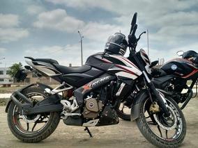 Pulsar Ns200 Negro Y Blanco