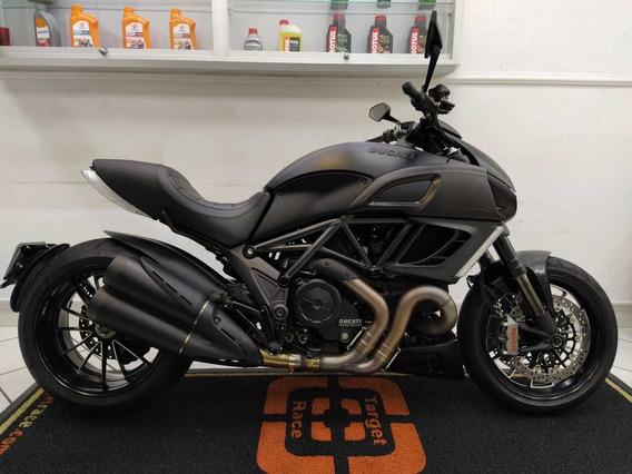 Ducati Diavel Preto 2014 - Target Race