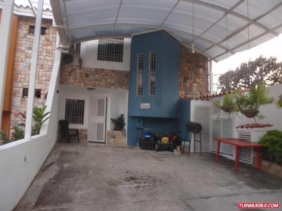 Townhouses En Venta 04121994409