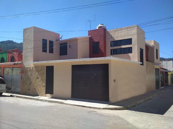 Casa De 2 Plantas En Zona Sur De La Ciudad
