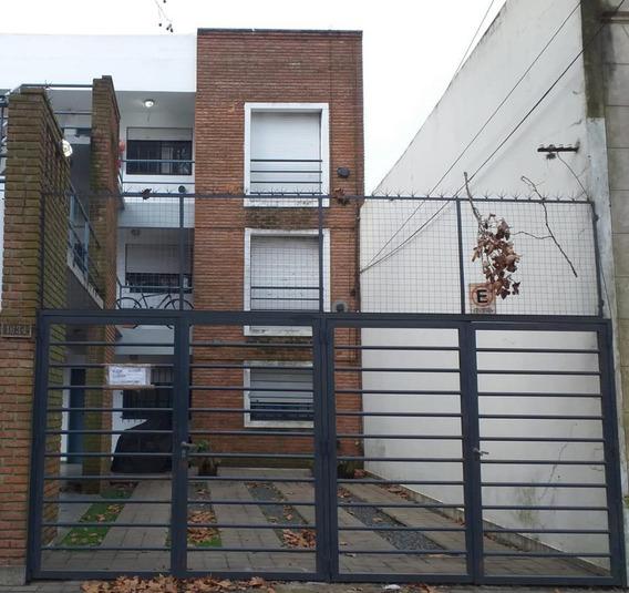 Departamento Alquiler 1 Dormitorio Y Cochera- La Plata