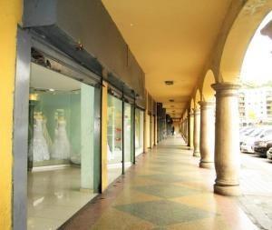 Venta De Local Comercial El Silencio Eq250 19-1312