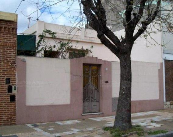 Casa Antigua De 4 Ambientes En Lote Propio Para Deposito