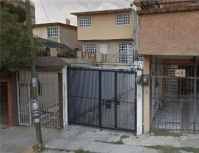 Casa En Villas De La Hacienda, Atizapán