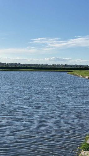 Excelente Lote Al Agua Barrio Costas Puertos Del Lago