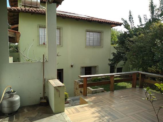 Itapõa. Casa Bem Projetada E Construída. 4 Quartos Com Suíte. 4 Vagas. - 2178