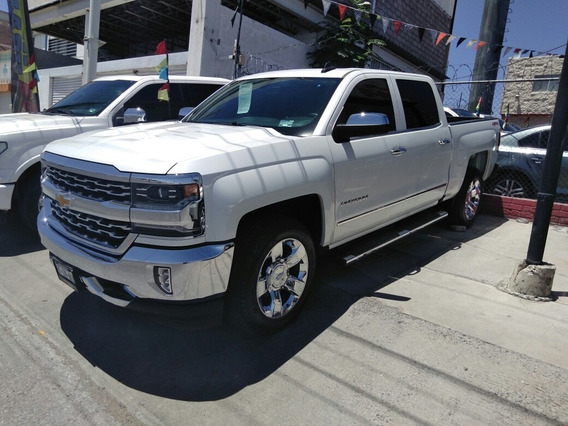 Chevrolet Cheyenne 2018 5.4 2500 Doble Cab Ltz 4x4 At