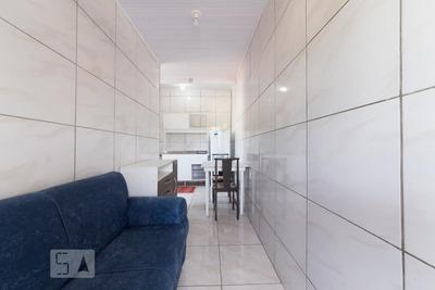 Apartamento No 4º Andar Mobiliado Com 1 Dormitório - Id: 892920035 - 220035