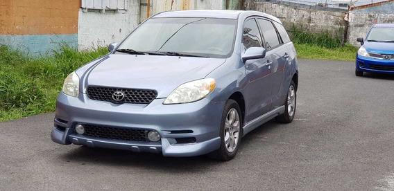 Vendo Toyota Matrix 2004