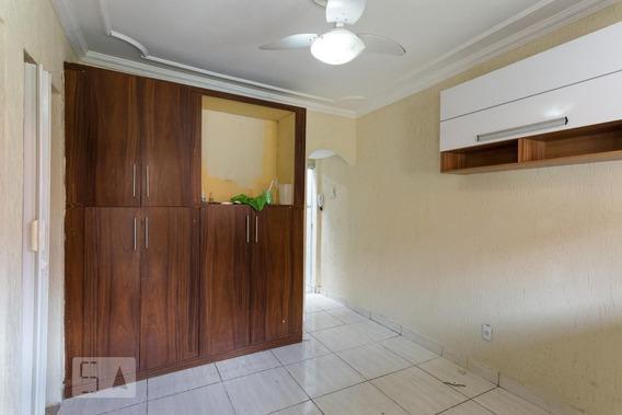 Casa Com 2 Dormitórios - Id: 892987050 - 287050