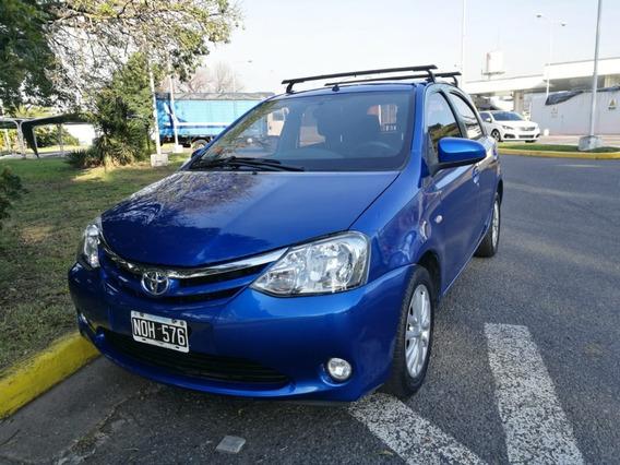 Toyota Etios 1.5 Xls 2014 5 Puertas Nafta Azul 1ra Mano