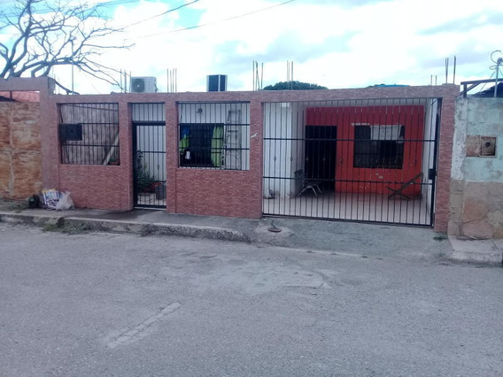 Casa En Ventas Barquisimeto Codigo Flex 21-5699 Mg