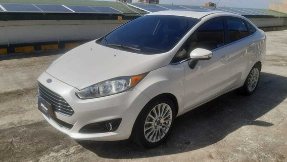 Ford Fiesta Titanium 1.6 2016 Automatico