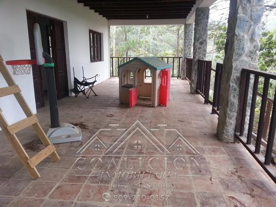 Coalición Vende Villa En Monte Bonito Jarabacoa 1200 Mts2-