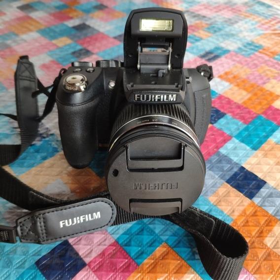 Câmera Semi Profissional Fujifilm Hs10