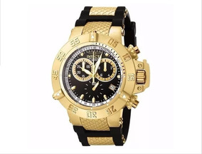 Relógio Dourado Com Pulseira De Boracha