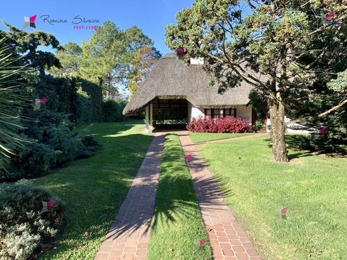 Casa En Pinares, 3 Dormitorios Alquiler Anual O Temporada- Ref: 7933