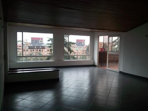 Apartamento En Venta Quinta Paredes 639-391