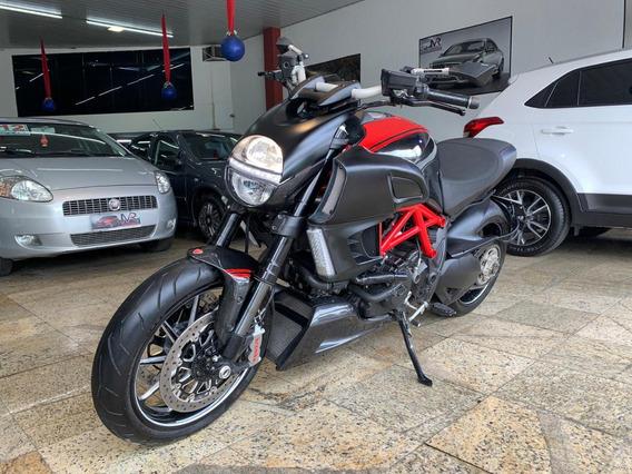 Ducati Diavel Carbon Abs 1198cc 2013 Com 5.480 Km