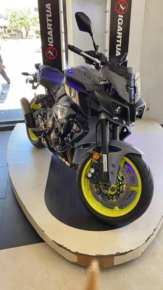 Motocicleta Yamaha Fz10 2017