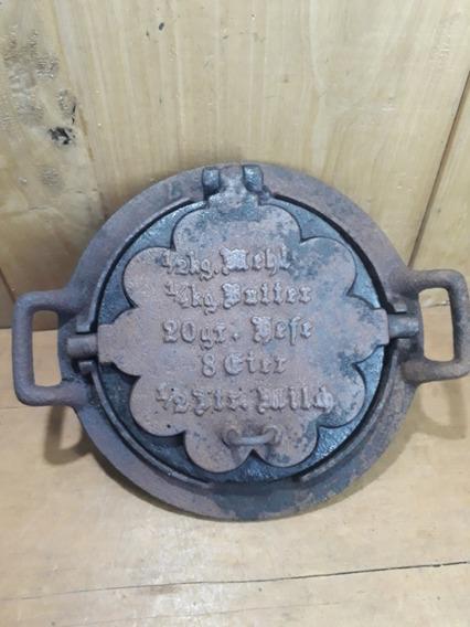 Antiga Máquina Prensa Forma De Bolo Wafler